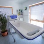 Badewanne im Haus Wiesing von WIR Sozial-Inklusive Dienstleistungen Tirol