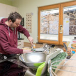 Beim Kochen in Mils I Wohnhaus von WIR